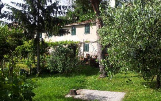 house for sale in Molina di Quosa
