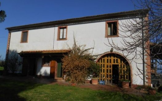 farmhouse for sale fauglia