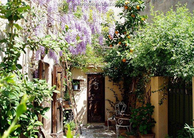 il piccolo cortile privato