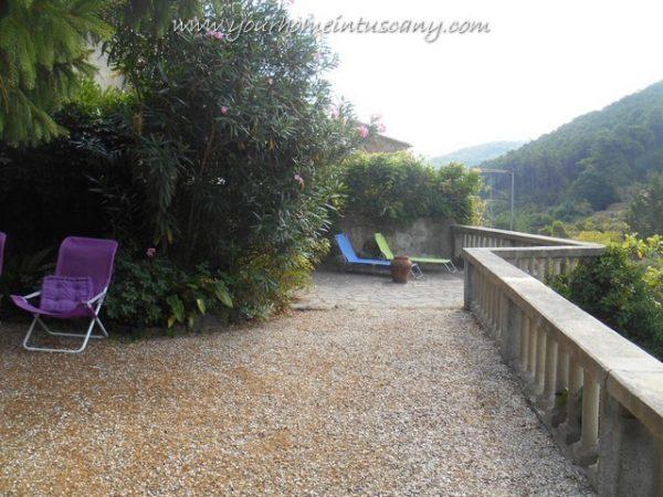 la terrazza con le balaustre