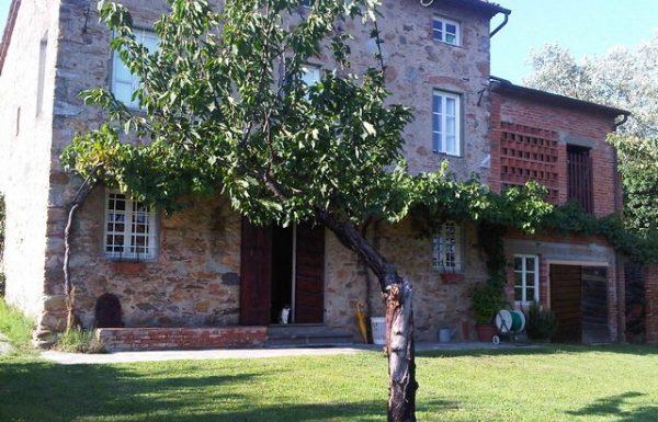 farmhouse for sale lucca, capannori