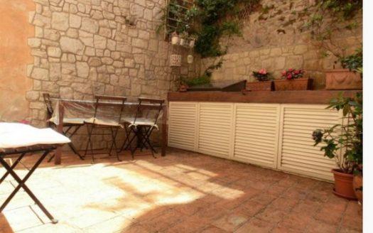 cortile terratetto calci vendita