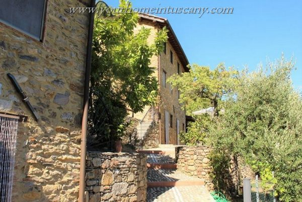 country house for sale compitese lucca