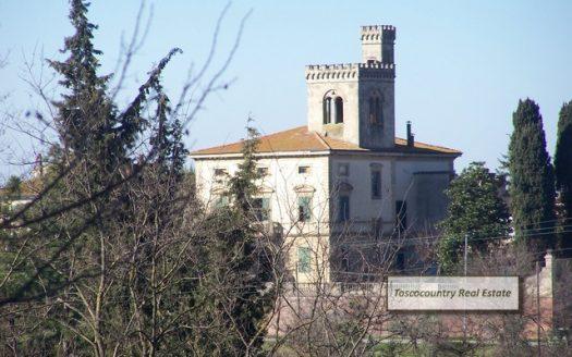 villa storica vendita crespina toscana