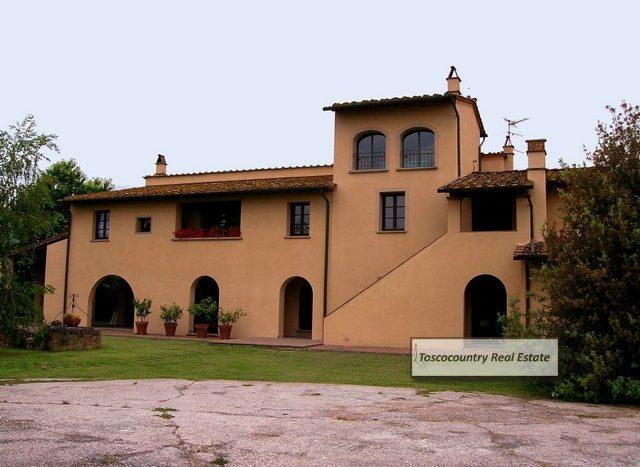 villa vendita a vicopisano toscana